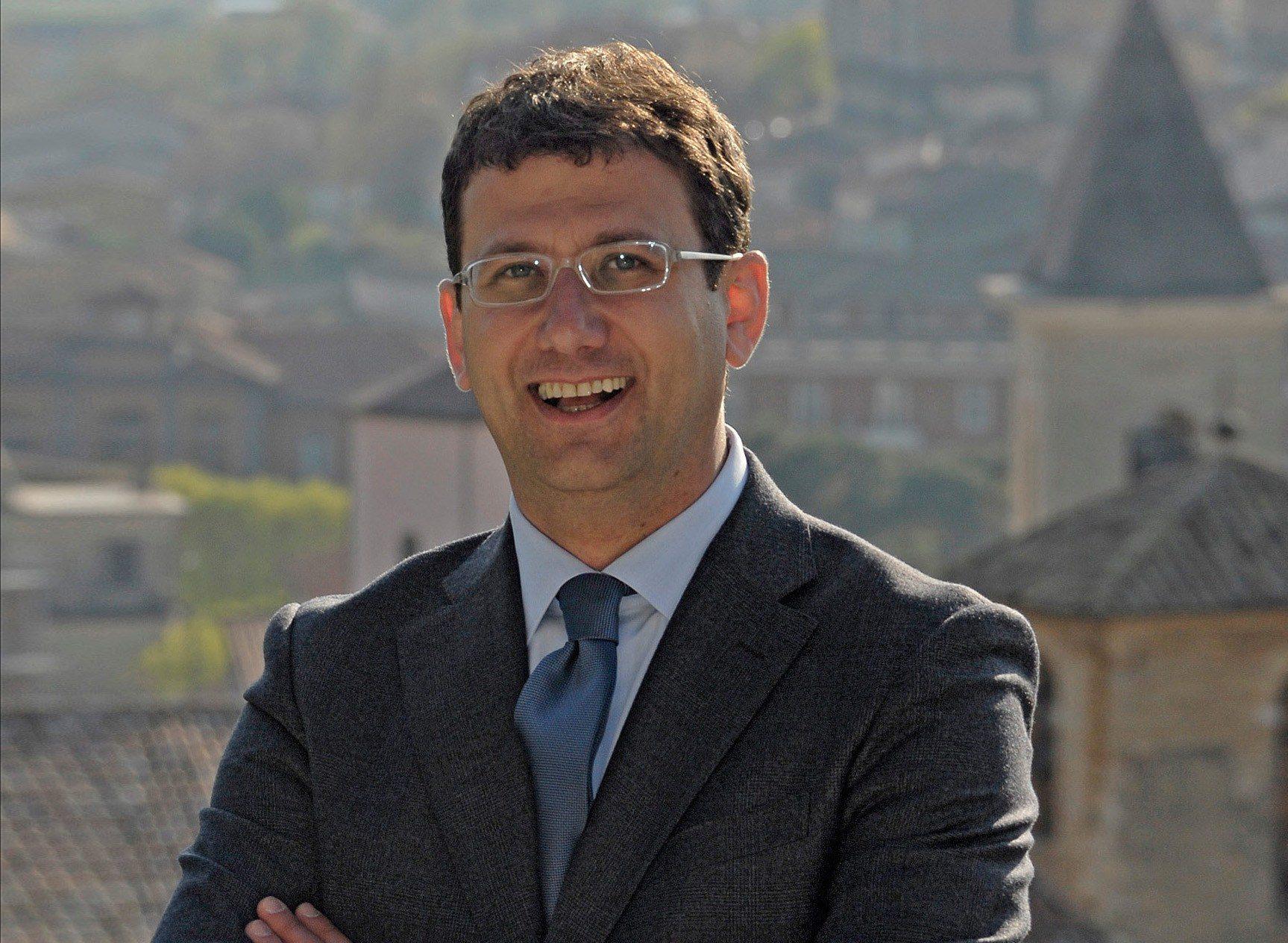 Maurizio Di Nicola sindaco di Pescina