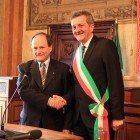 passaggio di consegne tra Floris e il nuovo sindaco Gianni Di Pangrazio (2)