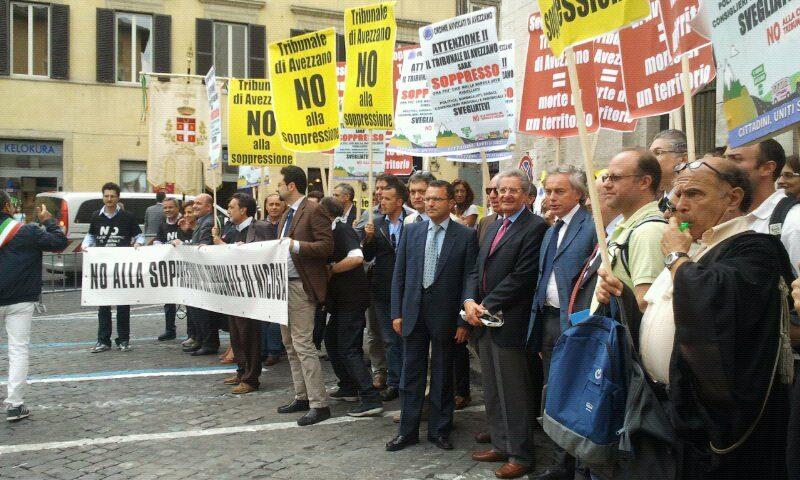 manifestazione degli avvocati a Roma per salvare il tribunale (8)