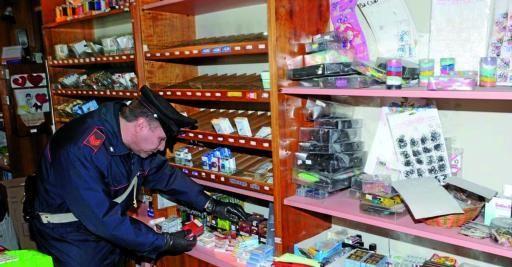"""Furto di """"bionde"""" alla tabaccheria di Civita d'Antino, ladri in azione dopo la festa"""