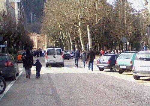 Niente isola pedonale a Tagliacozzo in piazza Duca degli Abruzzi