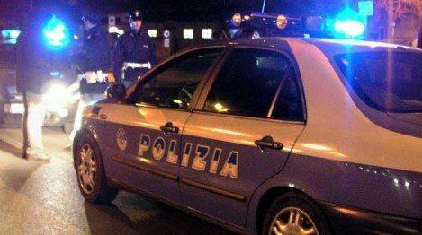polizia volante controlli di notte