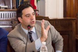 """D'Alessandro: """"Esclusione Marsica da fondi Ue? Significa governare senza paura"""". L'ira di Piccone"""