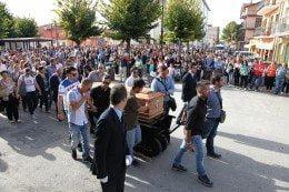 Lutto cittadino a San Benedetto per l'ultimo saluto al giovane Marco Fracassi
