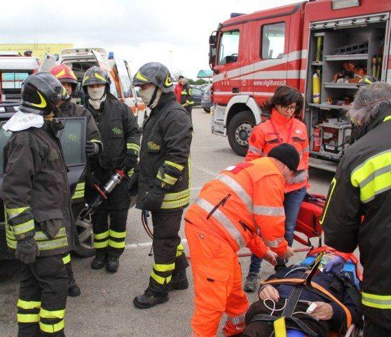 Scontro tra auto e furgone: muore 28enne a Balsorano