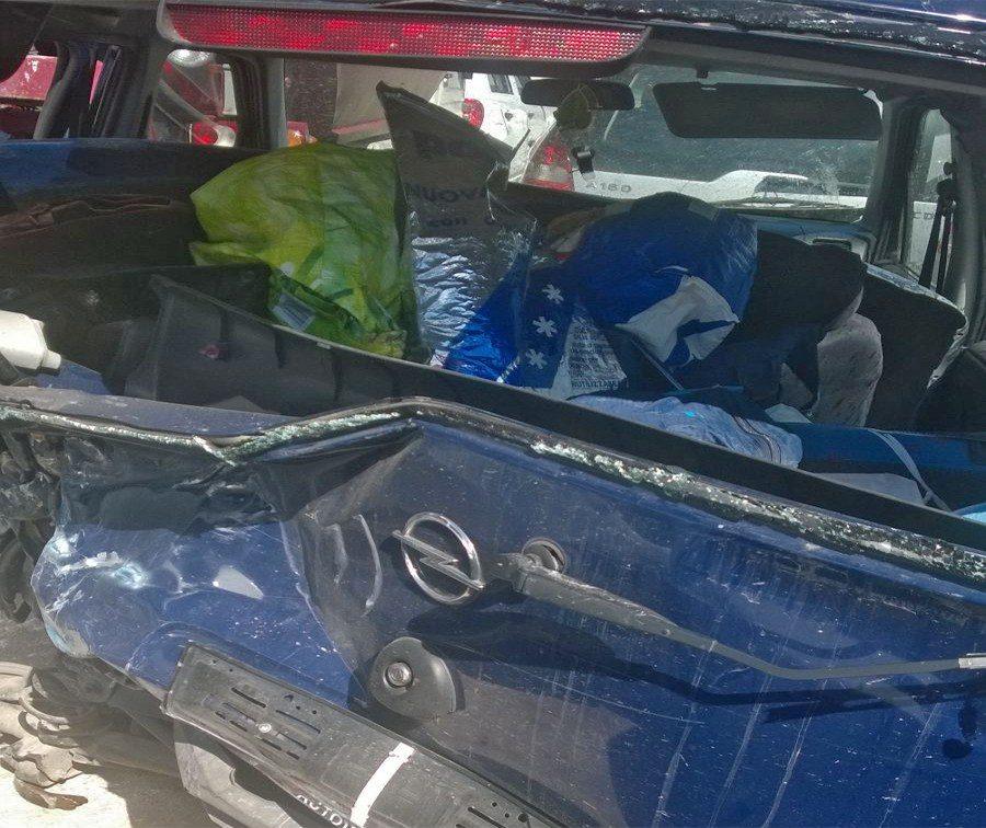 Incidente sull'A25: morta una bimba ed una donna e ferite 4 persone