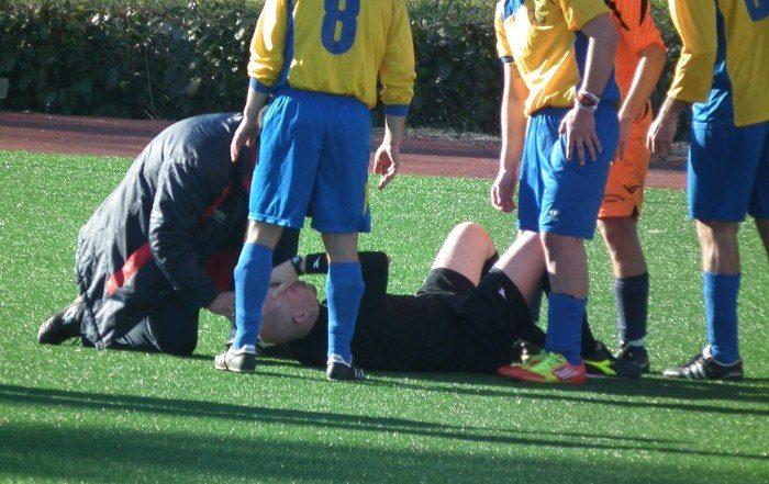 Schiaffeggia l'arbitro, cinque anni di squalifica a un calciatore marsicano. Alla squadra multa di 300 euro