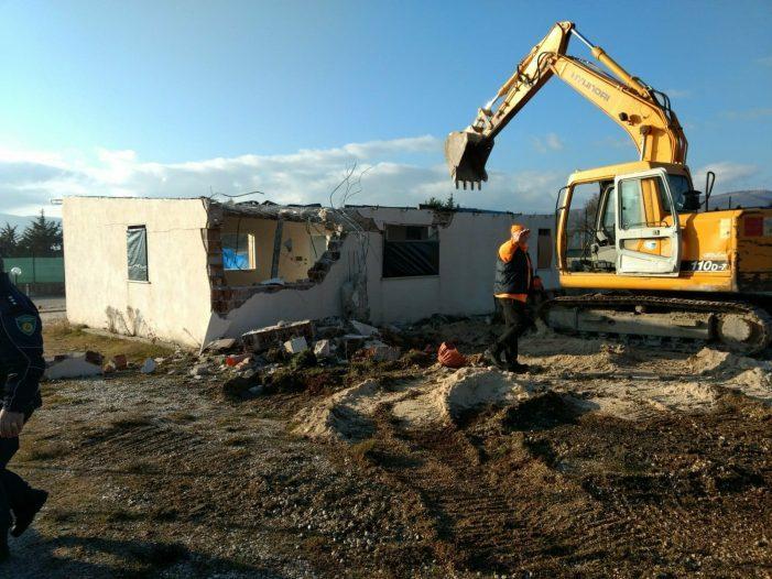 Polizia locale demolisce edificio abusivo, era stato realizzato senza autorizzazioni