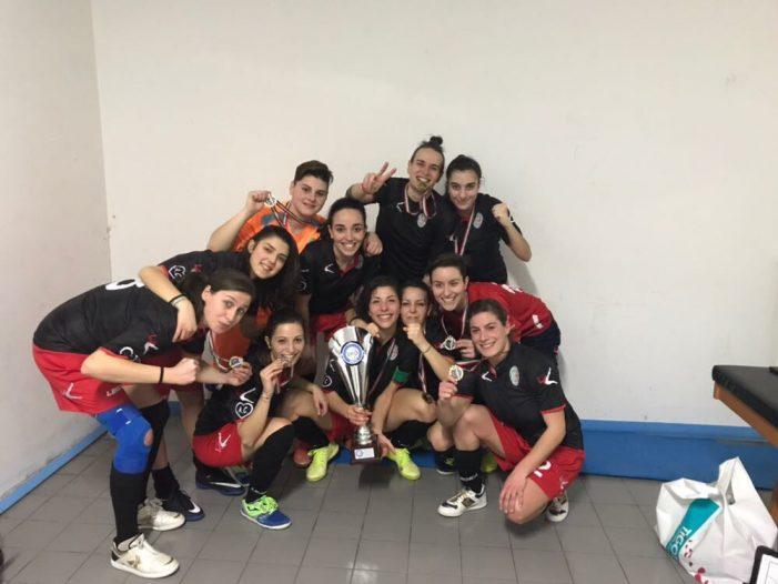 Avezzano celebra la squadra femminile di calcio a 5. L'Orione premiato per la vittoria della coppa Italia regionale