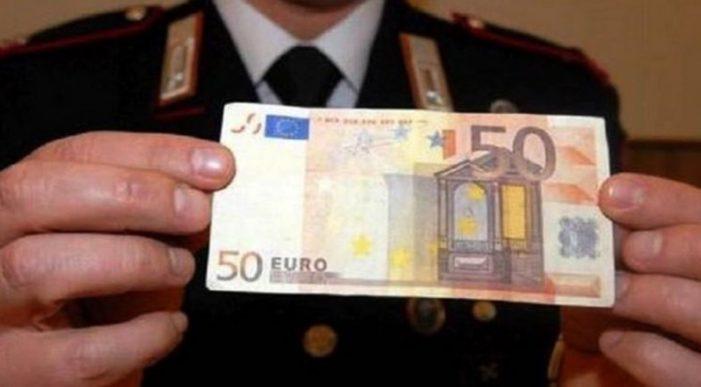 Banconote false da 50 euro affibbiate ai commercianti,  quattro denunce per falsificazione di monete