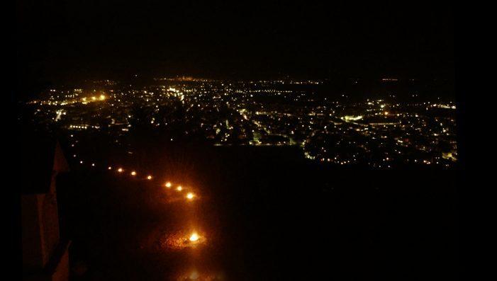 Festa di Pietraquaria, prove tecniche per la fiaccolata illuminano il percorso. Ecco il programma completo