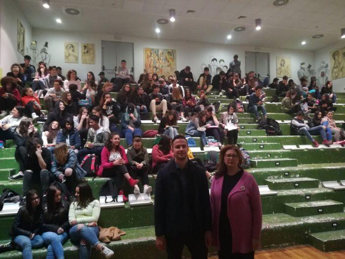 """Al Liceo Artistico """"V.Bellisario"""" di Avezzano convegni e cineforum sul bullismo"""