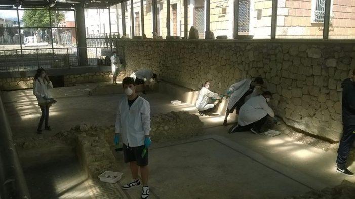 Alternanza scuola-lavoro, gli studenti del Liceo artistico si dedicano alla Domus di San Benedetto dei Marsi